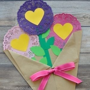 Doily Bouquet- mother's day craft - flower kid crafts - acraftylife.com #preschool #craftsforkids #crafts #kidscraft