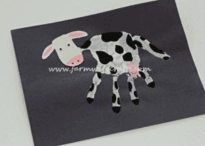 handprint cow kid craft - cow kid craft - farm kid crafts - crafts for kids- acraftylife.com #preschool #craftsforkids #kidscrafts