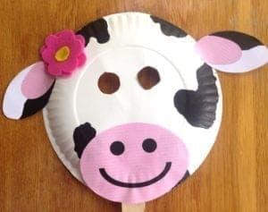 cow mask kid craft - cow kid craft - farm kid crafts - crafts for kids- acraftylife.com #preschool #craftsforkids #kidscrafts