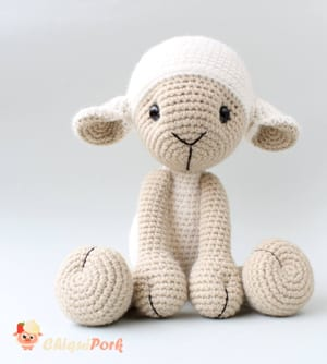 Crochet Lamb Pattern and Baby Mobile - Repeat Crafter Me | 334x300