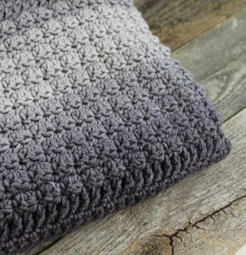 Beautiful /& Warm Crocheted Blanket Throw
