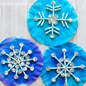 snowflake crafts for kids- arts and crafts activities -winter kid craft- acraftylife.com #kidscraft #craftsforkids #winter #preschool